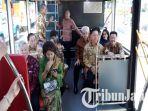 suroboyo-bus-csr-dari-bank-mayapada_20180712_112245.jpg