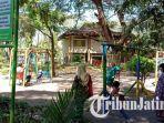 taman-arek-lancor-tampak-anak-anak-sedang-bermain-di-area-taman-minggu-3062019.jpg