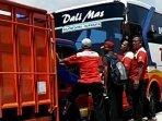 tangkapan-layar-truk-mengadang-bus-ngeblong-di-lamongan-viral-di-media-sosial-ilustrasi-bus.jpg