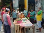 tasyakuran-kegiatan-makan-bersama-pedagang-pasar-baru-gresik-dan-tukang.jpg
