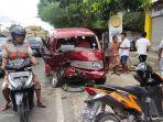 tiga-mobil-terlibat-kecelakaan-beruntun-di-madura.jpg