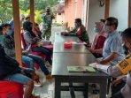 tiga-orang-pmi-dari-malaysia-didata-tim-satgas-penanganan-covid-19-kabupaten-nganjuk.jpg