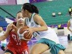 tim-basket-putri-jawa-timur-saat-bertanding-di-pon-xx-papua-2021.jpg