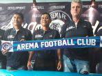 tim-pelatih-arema-fc-untuk-musim-depan_20171130_150224.jpg