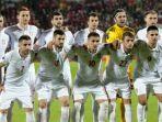 timnas-serbia-berpose-sebelum-laga-kualifikasi-piala-eropa-2016_20170903_084232.jpg