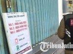 toko-di-jalan-dhoho-kota-kediri-memasang-nomor-whatsapp-untuk-pemesanan-barang-yang-diinginkan.jpg