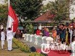 upacara-bendera-sumpah-merah-putih-di-tugu-pahlawan-surabaya.jpg