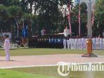 upacara-peringatan-hari-jadi-ke-73-provinsi-jatim-di-gedung-grahadi_20181012_094626.jpg