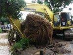 upaya-pembersihan-sungai-di-nganjuk-untuk-mencegah-banjir-di-musim-penghujan.jpg