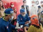 vaksinasi-gotong-royong-di-mojokerto-yang-digelar-pt-hm-sampoerna-dan-kadin-indonesia.jpg