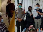 viral-video-pengurus-masjid-mengusir-jemaah-saat-hendak-salat-karena-memakai-masker.jpg