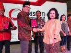 wabup-jember-abdul-muqit-arief-stand-terbaik-di-acara-trisakti-destination-award.jpg