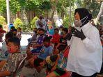wali-kota-surabaya-tri-rismaharini-saat-memberikan-pengarahan-pada-ratusan-anak.jpg