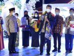 walikota-pasuruan-gus-ipul-saat-hadir-dalam-festival-batik.jpg