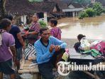 warga-mengungsi-setelah-banjir.jpg