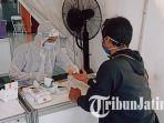warga-surabaya-serbu-stasiun-gubeng-manfaatkan-rapid-test-gratis.jpg