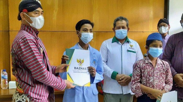 100 Pelajar SD-SMP Gunungkidul Terima Bantuan Senilai Rp 81 Juta dari Baznas