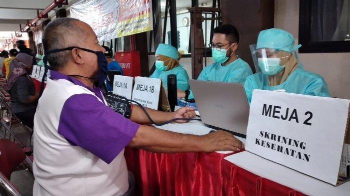 1.500 Pedagang Pasar di Kabupaten Magelang Divaksin
