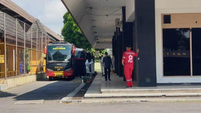 48 Pasien Covid-19 di Klaten Kembali Dievakuasi ke Donohudan, Kapolres: Sudah 216 Warga yang Dikirim
