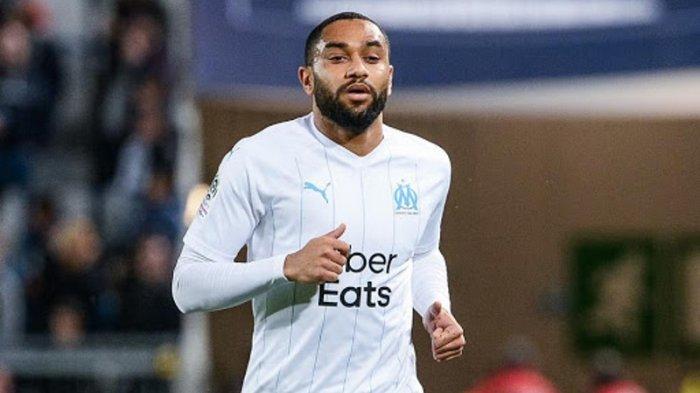 AC Milan disebut tertarik bek Marseille Jordan Amavi dengan status bebas transfer pada akhir musim