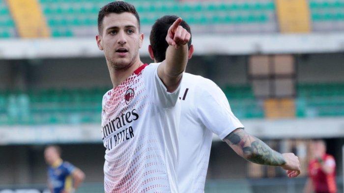 AC Milan ilaporkan mengajukan penawaran ke Manchester United untuk meminjam Diogo Dalot
