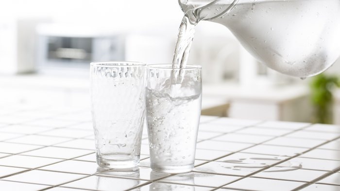 Air Hangat atau Dingin, Manakah yang Lebih Baik Untuk Berbuka Puasa?