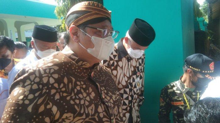 Airlangga-Ganjar Tampil Mesra Hadiri Tradisi Ya Qowiyyu Klaten, Terkait Pilpres 2024?