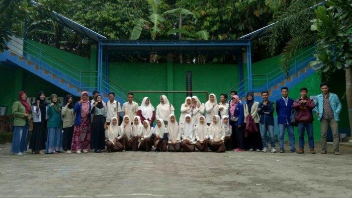 Forum Mahasiswa Kecamatan Patuk Ajak Siswa SMK Muhammadiyah 1 Patuk Kuliah