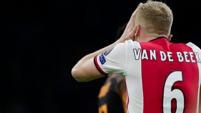 Ajax Tak Berminat Jual Donny van de Beek ke Madrid atau Manchester United