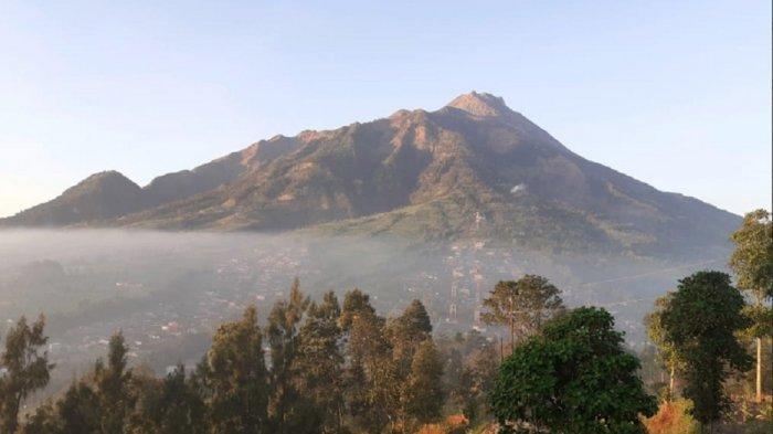 Semalam, Gunung Merapi Luncurkan Guguran Lava Satu Kali ke Arah Kali Gendol