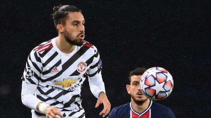 Kabar Transfer Pemain MU: Manchester United Tolak Tawaran Jose Mourinho untuk Pinjam Alex Telles