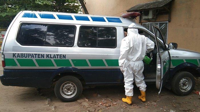 Ambulans TKC Karanganom Klaten Dilempari Batu oleh Orang Tak Dikenal Saat Membawa Jenazah COVID-19