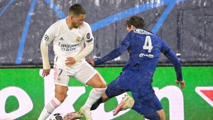 Andreas Christensen dan Eden Hazard di leg pertama semifinal Liga Champions Real Madrid vs Chelsea di stadion Alfredo di Stefano di Valdebebas, di pinggiran Madrid, pada 27 April , 2021.