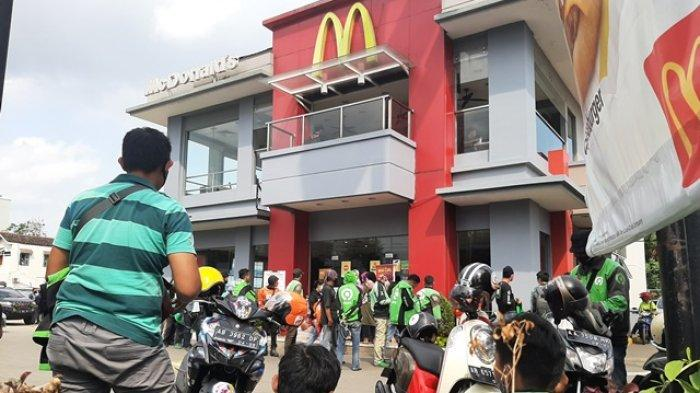 Buntut Antrean BTS Meal, Petugas Bubarkan Kerumunan di Sejumlah Gerai McDonald's di Yogyakarta
