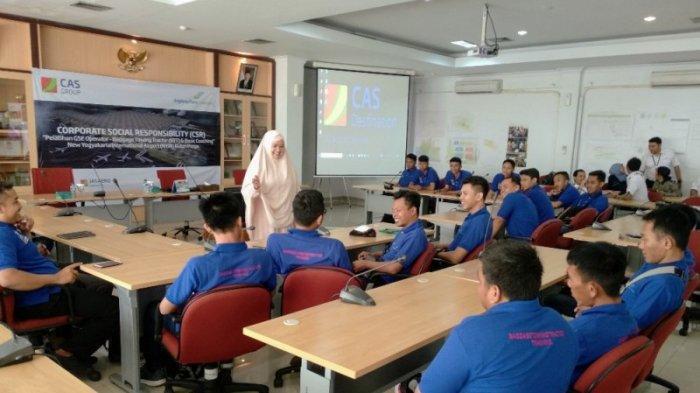 AP 1 Yogyakarta Buka Pelatihan Pengunaan Baggage Towing Tractor Bagi Warga Terdampak NYIA