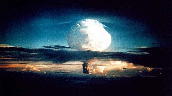 Muncul Ledakan Hebat di Pabrik Senjata Milik Israel, Begini Respon Iran
