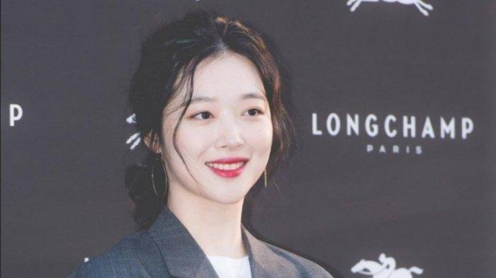 Setelah Sulli Eks f(x) Meninggal, Asosiasi Hiburan Korea Tindak Tegas Pelaku Cyber Bullying