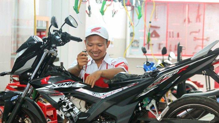 Astra Motor Hadirkan Program Ayo Ke AHASS Wanita Indonesia