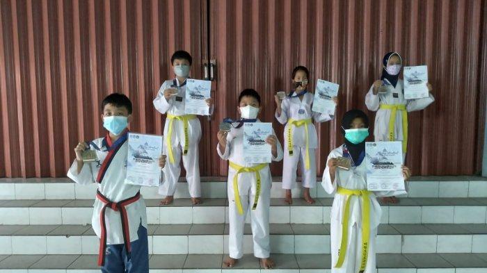 Atlet Fighting Soul Taekwondo Borong Delapan Medali
