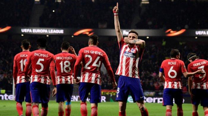 Pemain Atletico Madrid, Saul Niguez, melakukan selebrasi setelah mencetak gol ke gawang Lokomotiv Moskva pada laga leg pertama babak 16 besar Liga Europa di Stadion Wanda Metropolitano, Kamis (8/3/2018) waktu setempat.