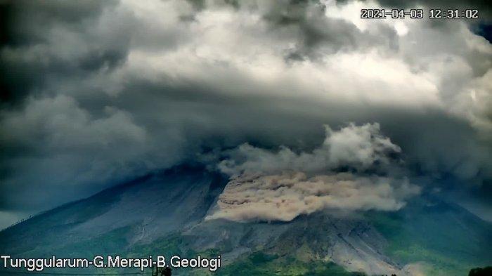 UPDATE Gunung Merapi, Dalam Kurun Waktu 12 Jam Luncurkan 2 Kali Awan Panas Guguran