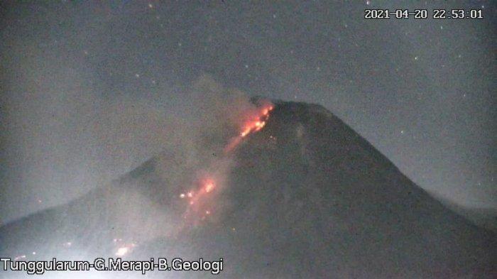 UPDATE Gunung Merapi, Guguran Lava Pijar Terjadi Sebanyak 11 Kali, Jarak Luncur Hingga 900 Meter