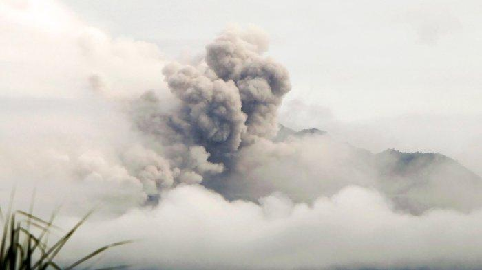Gunung Merapi Keluarkan Rentetan Awan Panas, Masyarakat Diimbau Antisipasi Abu Vulkanik dan Lahar