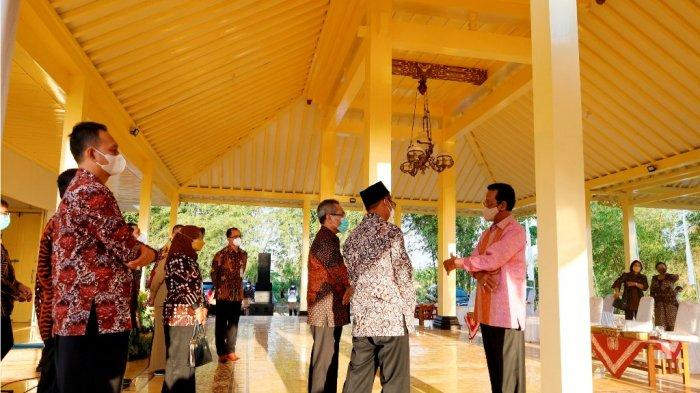 Balai Budaya Karang Kitri Tak Hanya untuk Pentaskan Produk Budaya Tapi Juga Mencerdaskan Warga