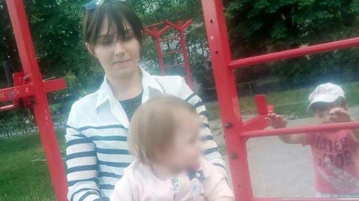 Bocah 2 Tahun Berhasil Selamat Setelah Tinggal Seorang Diri dengan Jasad Ibunya Selama 9 Hari