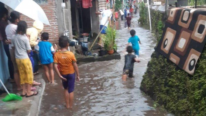 BREAKING NEWS: Hujan Deras Melanda Yogyakarta, Satu Kelurahan Tergenang Banjir