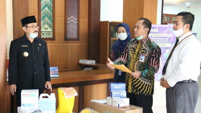 Bank BPD DIY Serahkan Bantuan APD pada Tim Gugus Tugas Covid-19 Kulon Progo