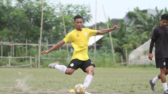Bek PSS Sleman U18 Genta Pramudiya Targetkan Lolos Seleksi Timnas Indonesia U20