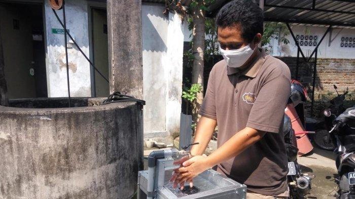 PengusahaFurnitur Bantul Banting Setir Ke Wastafel Injak, Banjir Pesanan Hingga TambahKaryawan