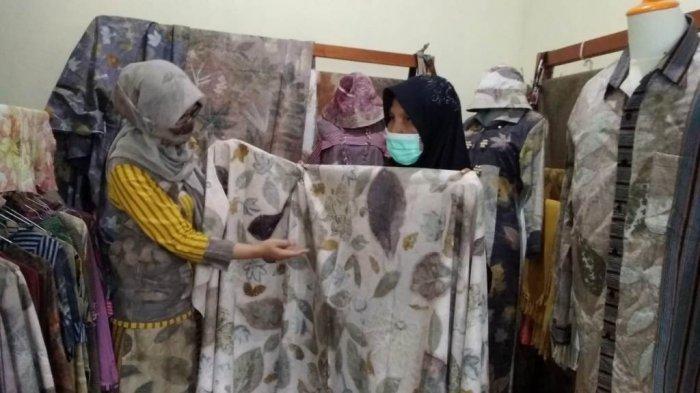 Berbekal Belajar Lewat Youtube, Warga Klaten Kembangkan Batik Ecoprint